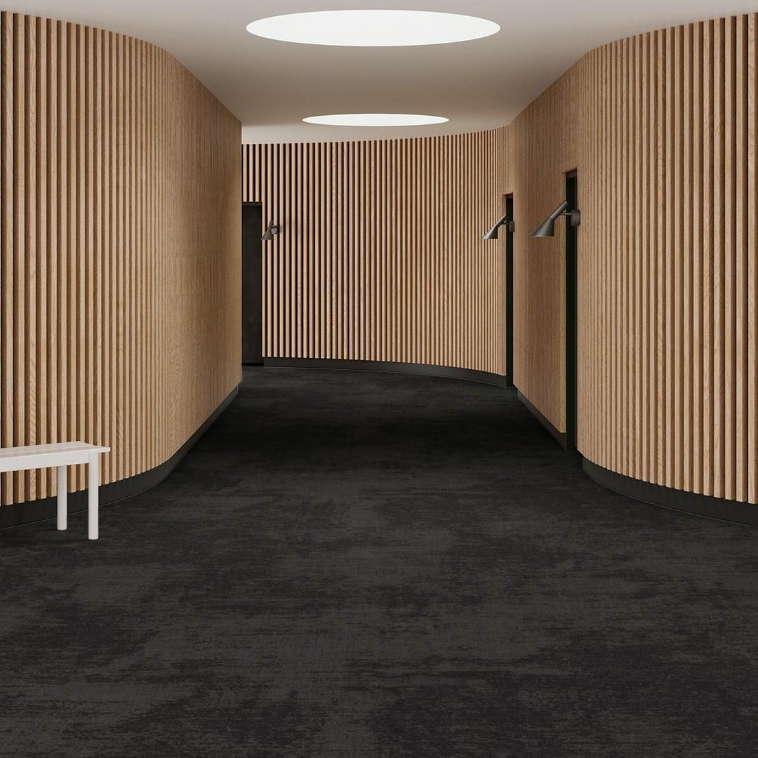 velvet black Roomview 4